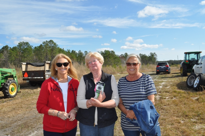 President Gayle Todd, Barbara Ann Little of Coastal Transplants and Second Vice President Cecelia Weston.